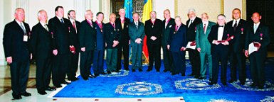 Multi Suverani, Mari Comandanţi şi demnitari masoni din toată Europa s-au reunit la Bucuresti pentru a celebra a 10 aniversare a Marii Loje de Rit Scoţian din România.